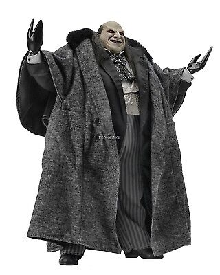 Batman Returns - 1/4 Scale Figure - Mayoral Penguin ( Danny DeVito ) - NECA / DC