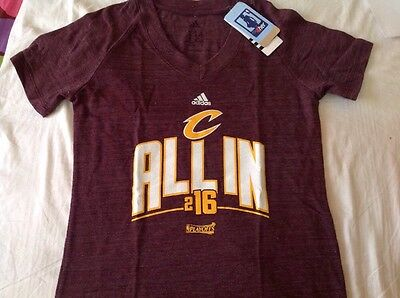 Women's Adidas Burgundy Cleveland Cavaliers 2016 NBA T-shirt - Medium,NEW