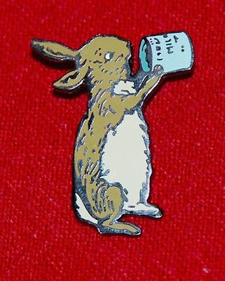 pin DISNEY GALLERY STORE - 75th ANNIVERSARY WINNIE THE POOH SERIES - RABBIT