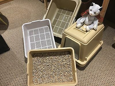 Clever Sieve Litter Tray For Wood Pellets.        ( There Are Hoods To Fit These