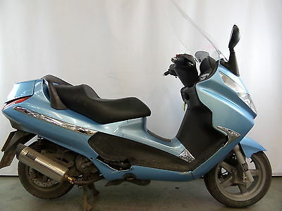 Piaggio x8 125cc 2007 breaking for part