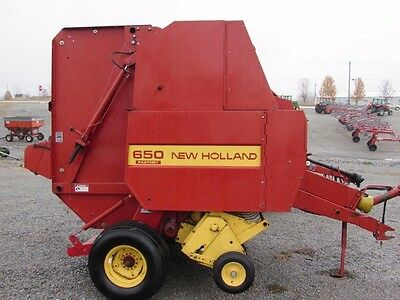 New Holland 650 Round Hay Baler With Net Wrap