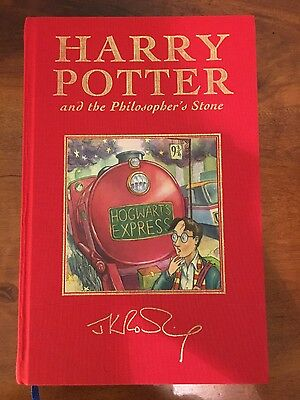Harry Potter and the Philosopher's Stone (Deluxe Signature Edition)