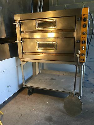 Electric Twin Deck Pizza Oven 3 Phase Take 6 X 30 Cm In Each deck (Melbourne)
