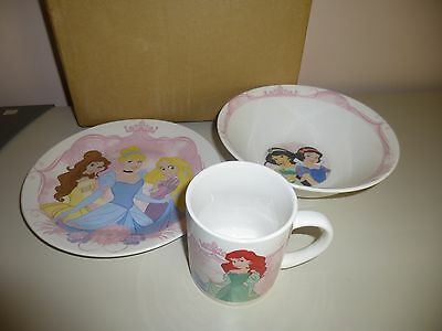 Disney Princesses Glass Dinner Set Cup Plate Bowl New in Box CUTE