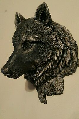 Timber Wolf Wall Plaque Hanging Figurine Home or garden waterproof in plain