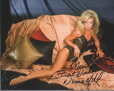 DONNA MILLS HAND SIGNED 8x10 COLOR PHOTO+COA      GORGEOUS+SEXY POSE     TO DAVE