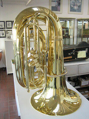 SUPERB KING 2341W 4-VALVE BBb TUBA WITH CASE, MINT CONDITION!