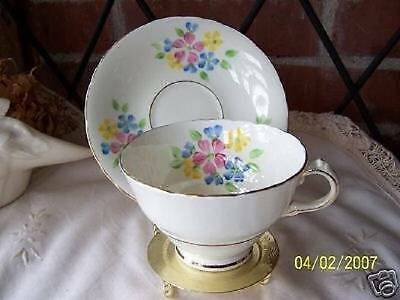 Delphine Bone China Tea Cup & Saucer (1930 to 1941)