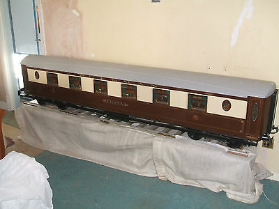 Pullman Bar Car, 7 1/4in.gauge by Eastwood Carriage Co, fitted out with lights.