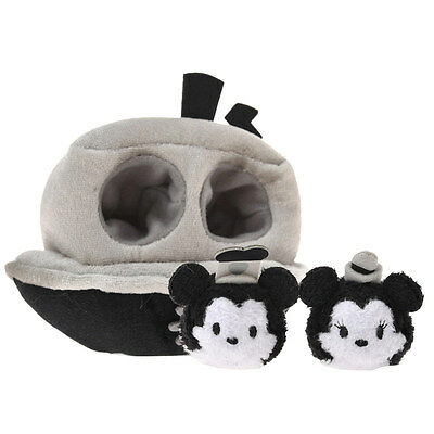 Disney D23 EXPO Japan 2015 TSUMTSUM,Mickey Mouse & Minnie Mouse in the steamboat