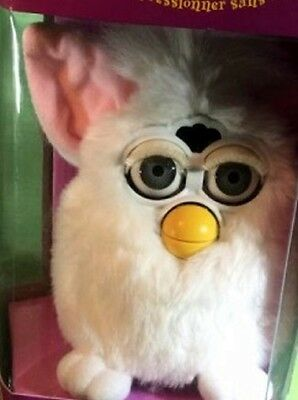 Vintage 1998 Furby, 1st Edition 70-800 White