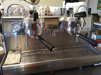 Synesso Cyncra 2 Group Head Commercial Espresso Machine