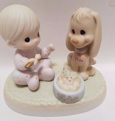 """Precious Moments Figurine 1997 """" Sharing Our Christmas Together""""  5"""""""