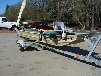 Clean Bass Catching Rig Johnson Outboard Lake Ready Trolling Fresh Water Use