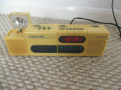 Crown crt 2000 cassette and radio and clock player JAPAN