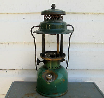 1947 Coleman Lantern Sport Lite  242-B Green For Part Or Repair Coleman Canada