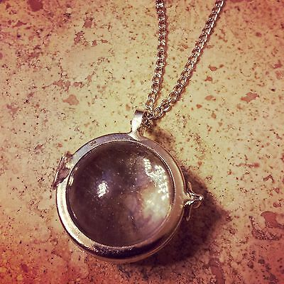 Two-sided Magnifying Locket Glass Bubble Necklace Silver, Vintage Style, Chain