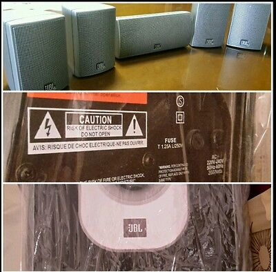 Dolby surround home theater JBL con subwoofer