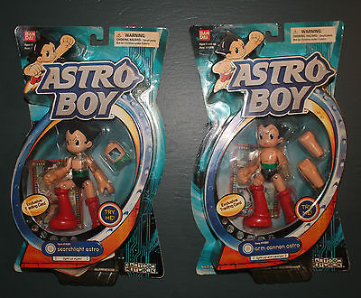Astro Boy Figures Searchlight Astro and Arm Cannon Astro 2004 Cartoon Network