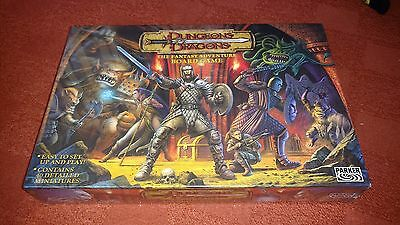 Dungeons & Dragons ULTRA RARE MINT SEALED board game parker 2003
