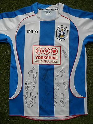 Huddersfield Town Shirt Hand Signed by 2016/2017 Squad - 20 Autographs Kachunga