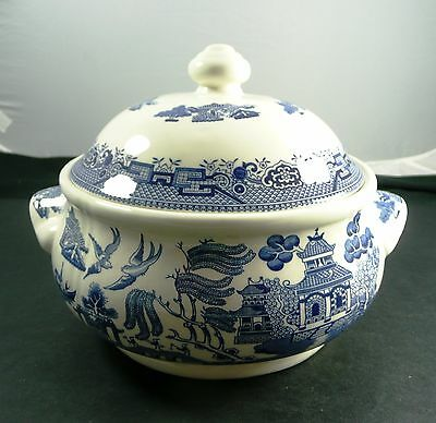 Churchill Staffordshire Blue Willow Covered Vegetable with Ear Handles