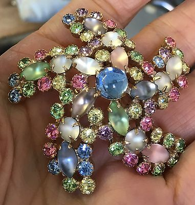 Signed Weiss Rhinestone Pin/Brooch 1950s Pastel Colors: Blue Green Yellow Pink