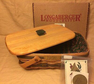 Longaberger 1996 Christmas Holiday Cheer Basket  w/ Lid & LIner & To/From Cards