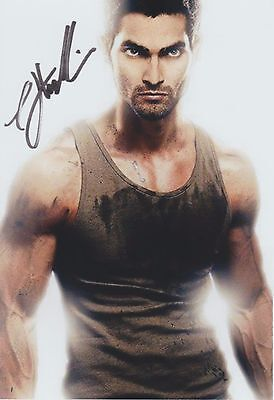 """Tyler Hoechlin (Sexy) Teen Wolf Superman """"Supergirl"""" RARE SIGNED RP 8x10 WOW!!!"""