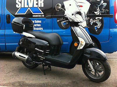 Kymco Like 125, 2015, 4500km, colour coded top box,SORRY NOW SOLD