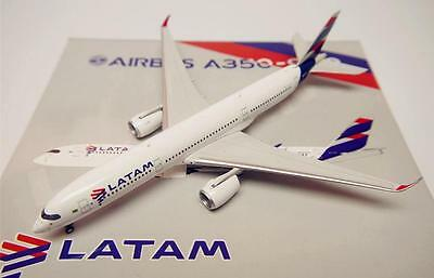 Phoenix 1/400 Diecast Aircraft Model Airbus A350-900 LATAM Airlines,11301