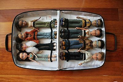Bratz Doll 8 Pack with Carry Case