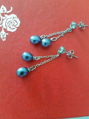 Beautiful With 2  Black Shell Pearl Dangling and Crystal Stud  Earrings
