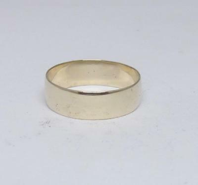 9ct Yellow Gold Wedding Band Ring Size R 1/2 6mm