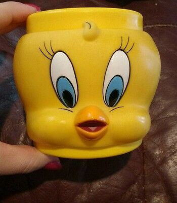 Warner Bros. cartoon character:  Tweety Bird plastic cup