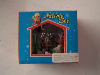 "Vintage 3"" Plastic Glitter Roof Nativity Set - Made In Hong Kong -  Original Box"