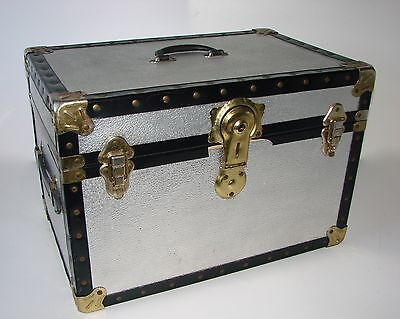 Vintage Silver Metal Box/Chest/Trunk/Home Storage/Coffee Table
