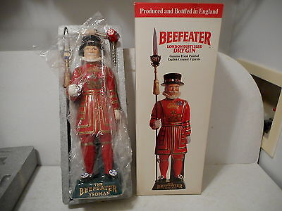 Beefeater Gin The Yeoman Genuine English Ceramic Figure Liquor Collectible