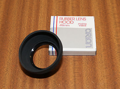 49mm Rubber Lens Hood by Orion (ORN125). Brand New. To fit 49mm thread.