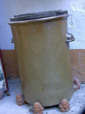 Pot A Choucroute En Gres  80 Litre   Anciene