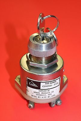 Cessna 150, 172 Gerdes Ignition Switch with Key, Cessna PN C292501-0105