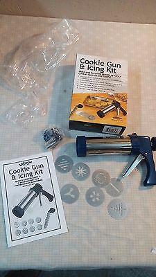 Weston Cookie and Icing Kit Cookie Press
