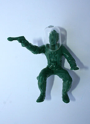 Reproduction Messenger From Mars Figure And Helmet