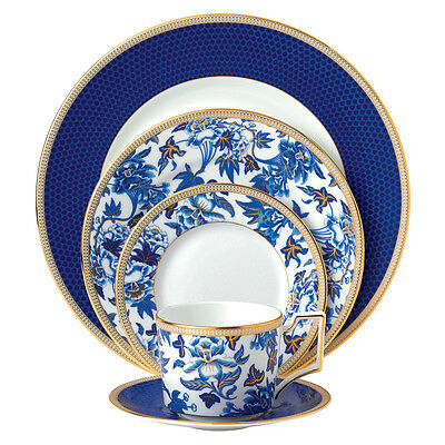 NEW Wedgwood Hibiscus Place Setting 5pce