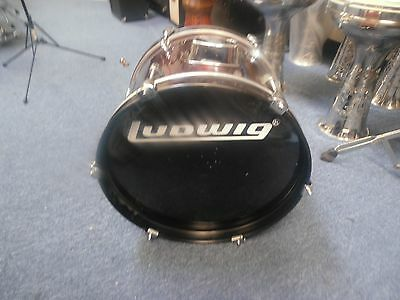 Ludwig accent 16 in dia by 10 1/2 long bass drum maroon