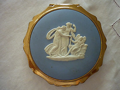 Vintage 70's/80's Stratton Blue Wedgewood Goldtone Powder/Mirror Queen Compact