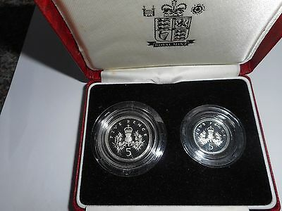 1990 Silver Proof Five Pence Two-Coin Set comp. with COA. Mint - Ideal Gift.