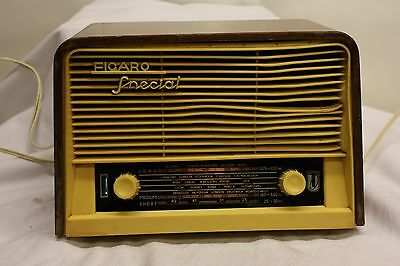 Figaro Special Unitra Radio Vintage Collectors 1960's Item Code Number B59