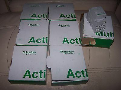 Schneider ( Merlin Gerin Style ) Contactor A9C20834 Acti9 iCT 25A 4 NO FRANCE